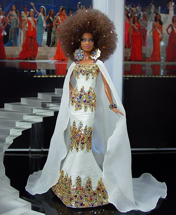 Byron Lars' Pepper as Miss Iowa, 13th place semi-finalist in NiniMomo's Doll of the USA 2012 Pageant