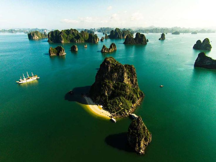 Ha Long Bay - Vietlong Travel