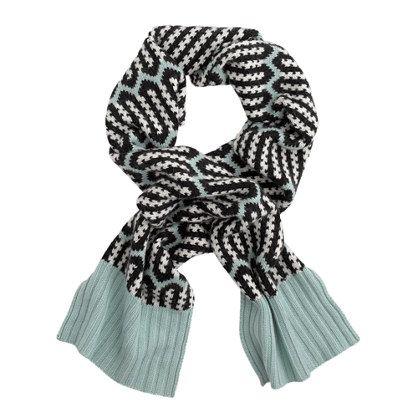 Zigzag stripe scarf