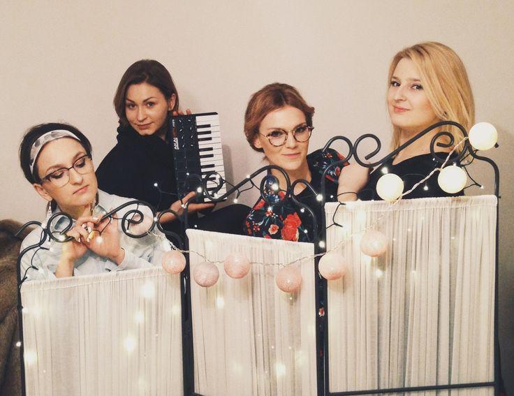 Bardotka Trio / Little piano / Cotton balls / Just before the show