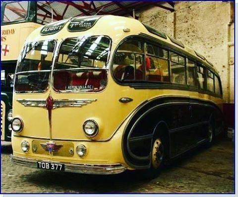 "15 Me gusta, 2 comentarios - Gizmocrazed (@thegizmocrazed) en Instagram: ""1950 Burlingham ""Seagull"" bus - a beauty - why doesn't somebody make these now?  #bus #busride…"""