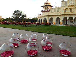 Jaipur: The Pink City http://jouljet.blogspot.com/2013/11/jaipur-pink-city.html