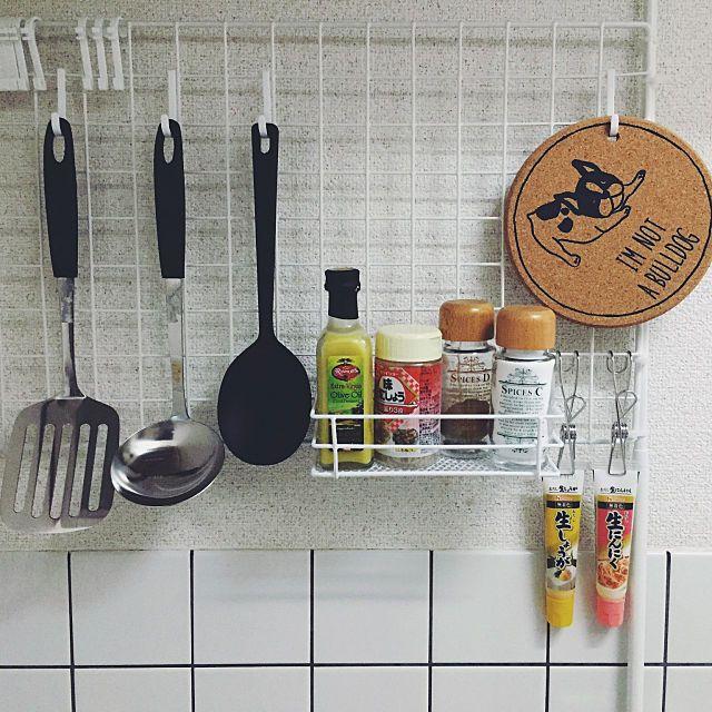 一人暮らしの狭いキッチン向け収納方法 レイアウト実例 狭い キッチン 狭いキッチン 収納 キッチン