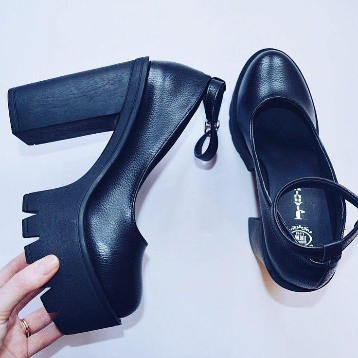 По всем вопросам обращаться вк http://ift.tt/1DokiI4 или в Директ  #подзаказ #заказ #мода #фото #фотовживую #фотовреале #дом2 #vsco #vscocam #vscorussia #follow #followme #fashion #style #нефтекамск #иваново #туфли #обувь