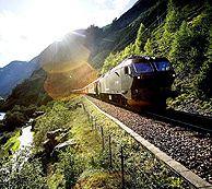 Le chemin de fer de Flåm est l'une des principales attractions touristiques de Norvège - Photo: Paal Audestad/Fjord Tours AS