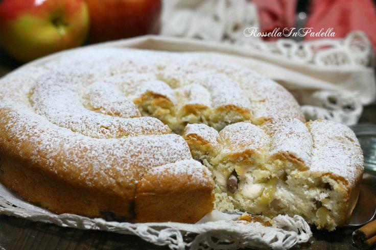 Torta di mele a spirale, con ricotta e uvetta