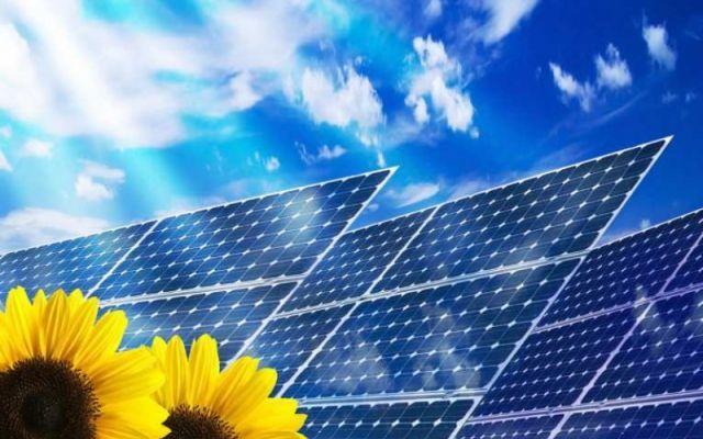 Quanto costa un impianto fotovoltaico? Con l'affermazione delle energie rinnovabili, stanno prendendo piede sempre più velocemente dei nuovi sistemi per lo sfruttamento di queste fonti. Un esempio rilevante è l'impianto solare fotovoltaic