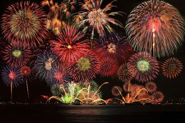Fireworks display in Hiroshima-city #hiroshima #japan