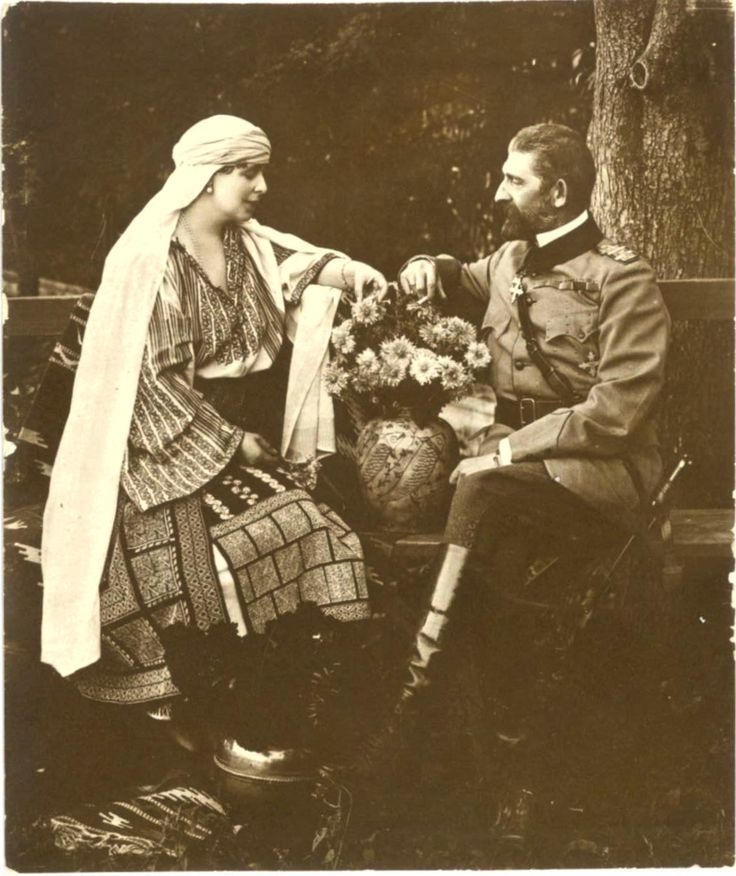 Queen Maria of Romania (Princess Maria of Edinburgh) and your husband King Ferdinand I da Romania.