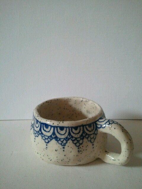 handbuilt ceramic mug. Contact for tailor made order. :)