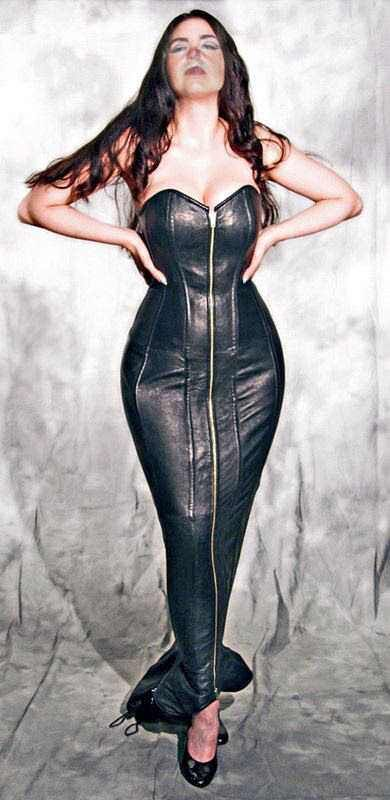 https://i.imgur.com/BTHqeS4.jpg Celebrity Fashion Marisa Kardashian  #sexywomen #marisakardashian #marisa #kardashian #fashionweekly #celebrity #celebritynews #celebrityfashion #celebritystyles #sexyoutfits #sexydress #sexbabes #fashionmodel #model #sexy #fashion #latexfashion #blackleatherskrits  #longpincelskrits #dreamgirls #dreamgirl #hourgalssfigure #hourglass #curves #curveywomen