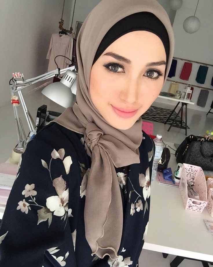 Hijab Style by https://www.instagram.com/nononesss/