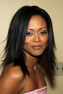 http://lifeandluxury.hubpages.com/hub/Best-Hair-Weaves-and-Wigs-Celebrity-Top-10