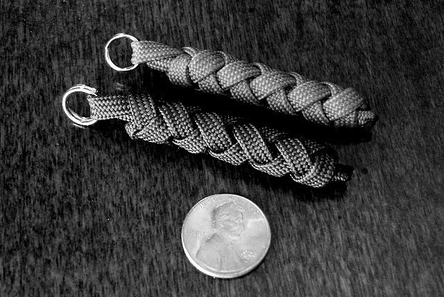 zipper pull : firesteel & single strand of paracord in a two bight turks head knot (less than 2 feet of paracord) from Stormdrane's Blog