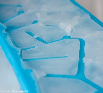 [coconut-water-ice-cubes-400-1.jpg]