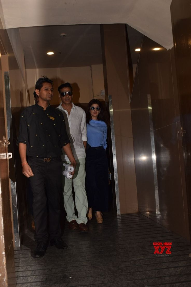 Mumbai: Akshay Kumar and Twinkle Khanna seen at PVR cinema Juhu - Social News XYZ