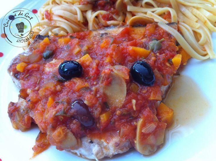 Espadon grillé à la plancha, sauce tomate Olives et Câpres | Cuisine de Gut