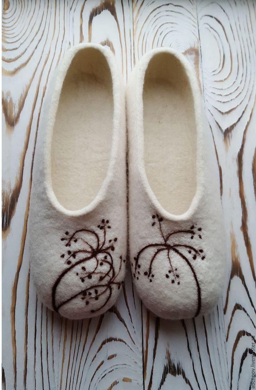 Купить Тапочки-балетки Сухоцветы - белый, тапочки из шерсти, Тапочки ручной…