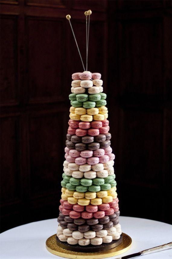 photo piece montee macarons pour un bapteme mariage