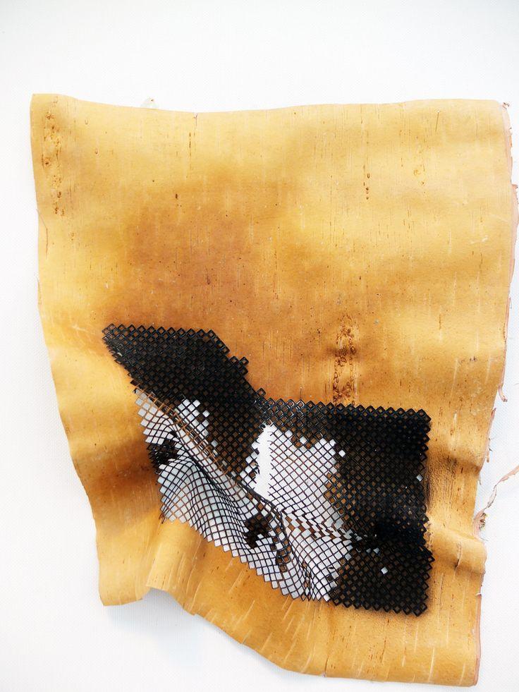 It's Now or Näver  är en serie experimentella textilier som undersöker sätt att applicera ett textilt tänkande på björknäver för att hitta nya uttryck och kvaliteter i ett gammalt slöjdmaterial med hjälp av ny teknologi.  Näver från björk har...