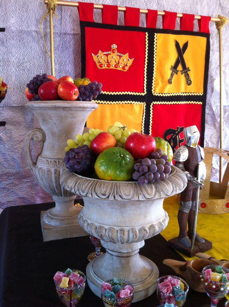 Mesa para festa Medieval