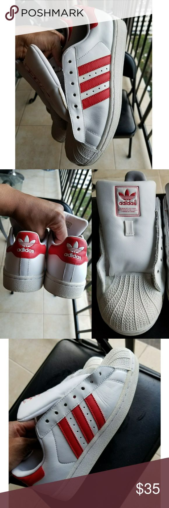 💕PRE-LOVED💕 EUC Men's Adidas originals Gently worn men's Adidas,  classic style, shoe strings included(removed for cleaning) No Box adidas Shoes Sneakers