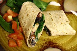 Veggie bean burritoVegetarian Burritos, Beans Burritos, Mexicans Food, Mexican Foods, Easy Recipes, Eating Mexicans, Healthy Recipe, Healthy Beans, Vegetarian Recipes