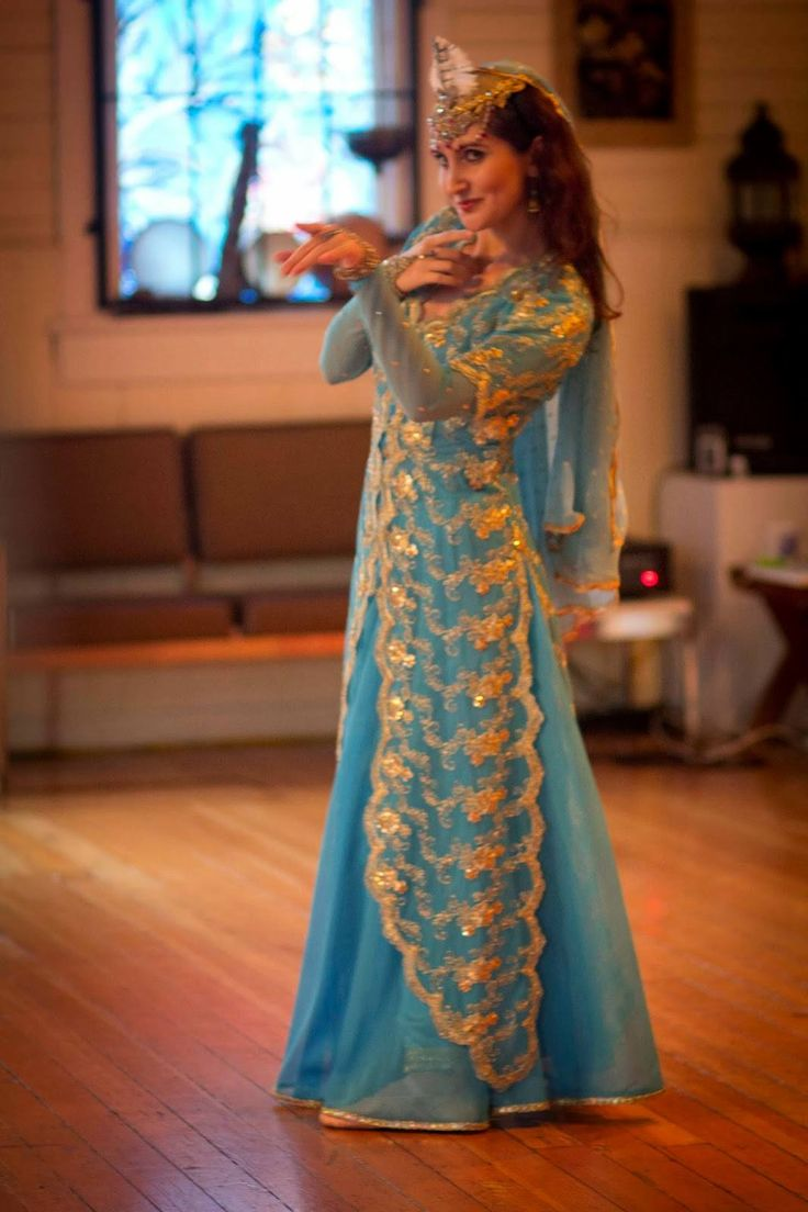 15 best persian images on pinterest persian people persian and persian traditional dress publicscrutiny Image collections