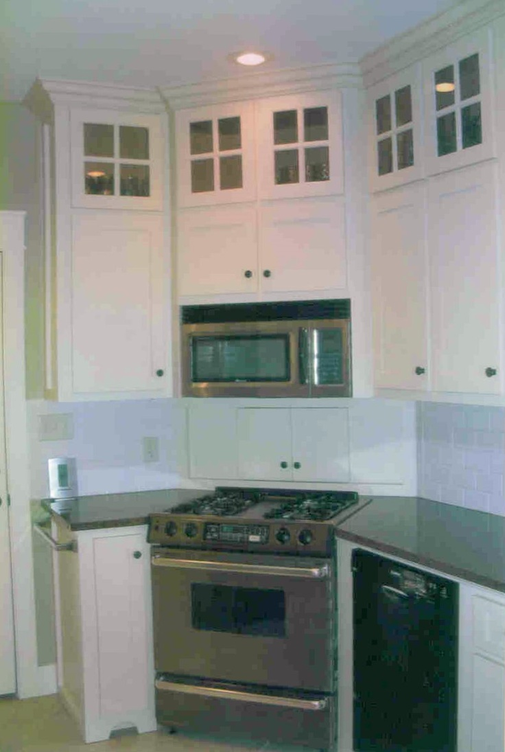 Stove In The Corner Glass Upper Cabinets Home Ideas