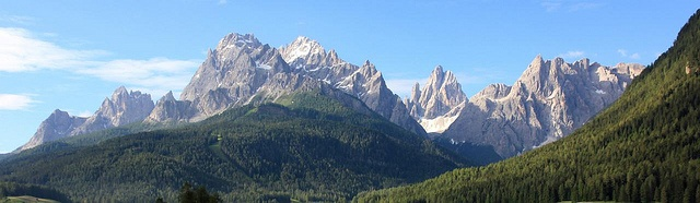 """Sexten Panorama - Famous mountains seen from the village of Sexten / Sesto in the Italian alps. From left to right: Neuerkofel, Zehnerkofel/Rotwand, Elferkofel, Zwölferkofel, Einserkofel - the """"Sextner Sonnenuhr"""""""