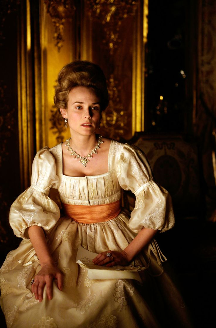 Marie Antoinette - Diane Kruger in Farewell, My Queen / Les adieux à la reine (2012).