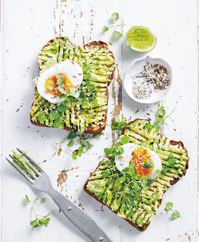 Toasts à l'avocat - 12 recettes «vertes» en l'honneur de la couleur Pantone 2017