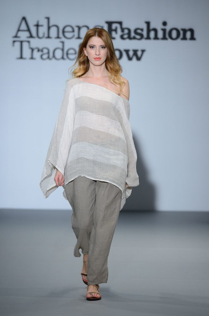 Elegant summer gauze top with stripes and linen trousers. 100% Natural fabrics !!!