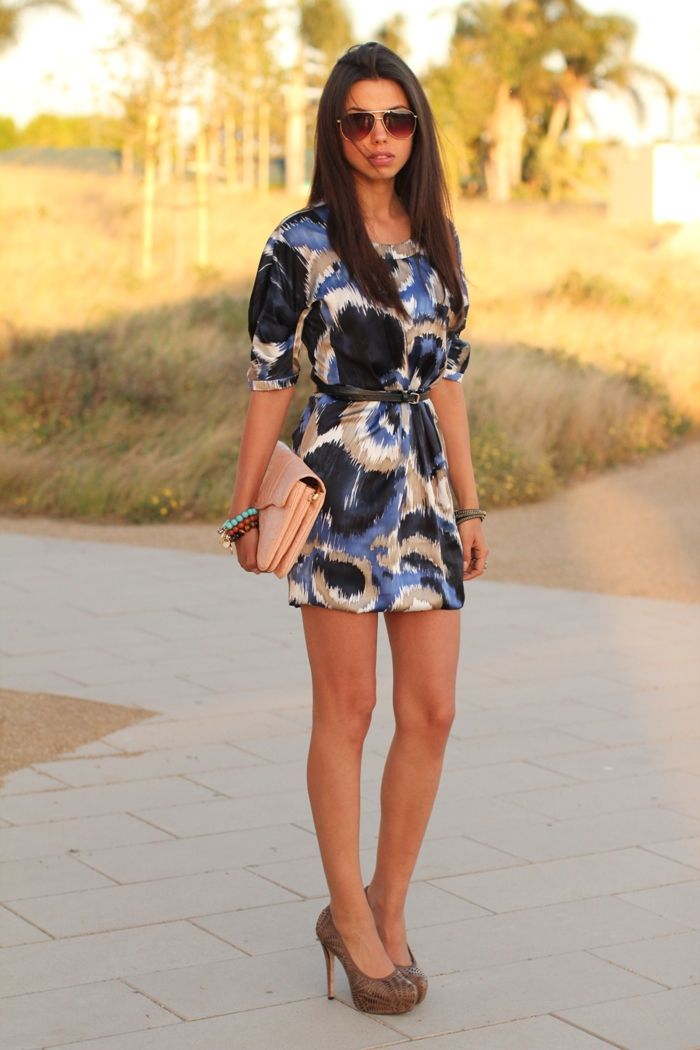 love the print and colors and the shape of this dress