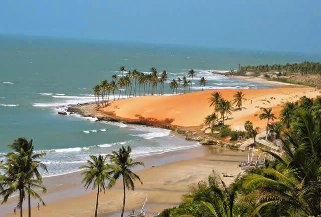 Watch travel videos: Cumbuco Beach - Ceará, Fortaleza, Brazil - http://destinations-for-travelers.blogspot.com.br/2014/06/praia-de-cumbuco-ceara-fortaleza.html
