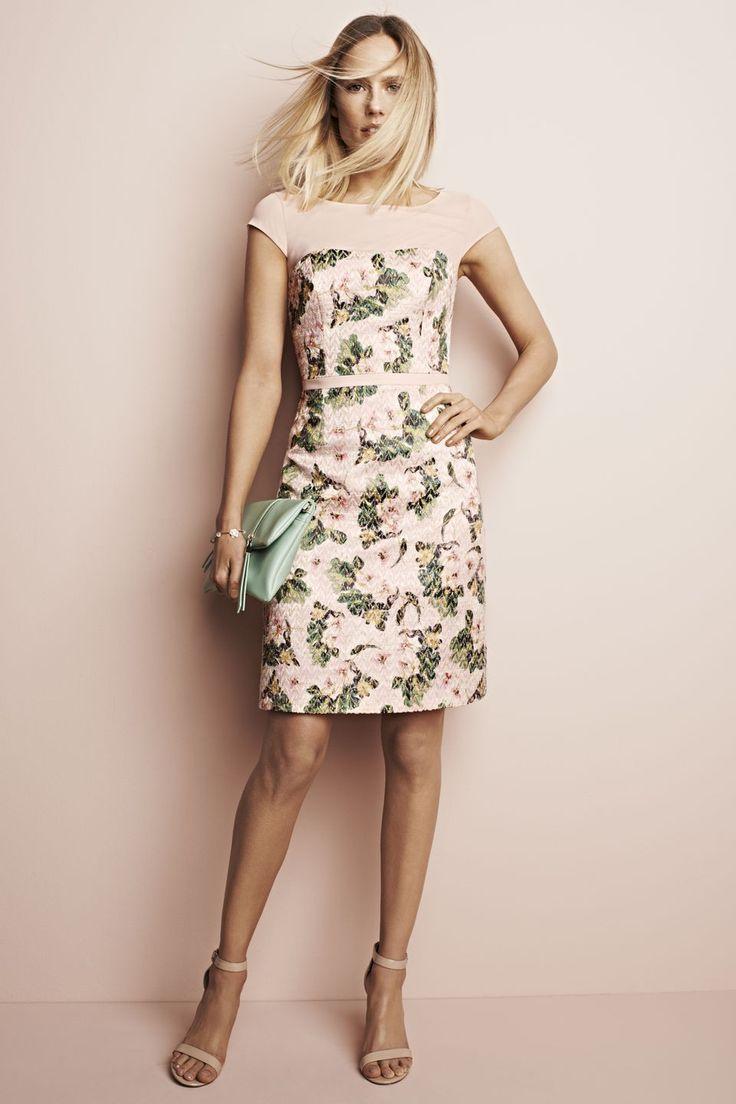 Stijlvolle jurk met bloemenprint Licht Roze - Jurken - Collectie