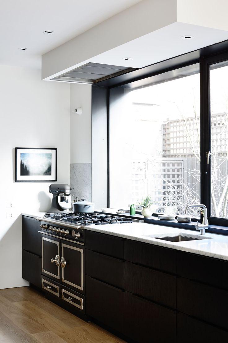 Target white kitchen apron - A High Contrast Modern Black And White Kitchen House Tour Via Coco Kelley
