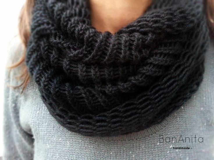Cuello Bufanda Mágica de BanAnita por DaWanda.com Elaborado con lana merino 55% y 45% acrílico. Disponible en varios colores (Consultar).