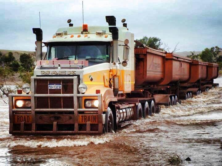 Workin Road Train AUSTRALIA