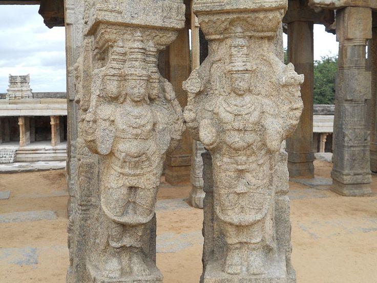 800px-Lord_Brahma_and_Lord_Vishnu.JPG (800×600)