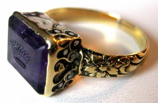 Court of England - Amethyst & 15K Gold Ring Circa. 1610 - 1625