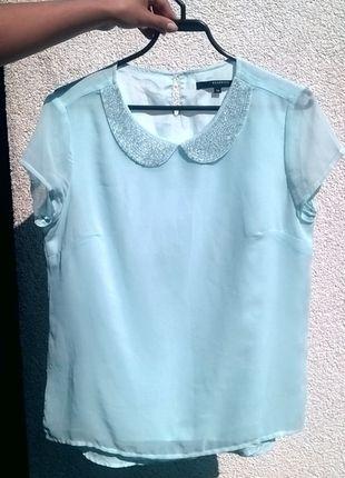 Kup mój przedmiot na #vintedpl http://www.vinted.pl/damska-odziez/bluzki-z-krotkimi-rekawami/9933061-sliczna-bluzeczka-z-kolnierzykiem-w-blekitnym-kolorze-polecam