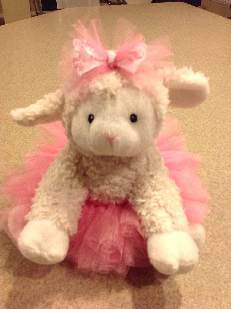 Cute and easy DIY lambie from Doc McStuffins
