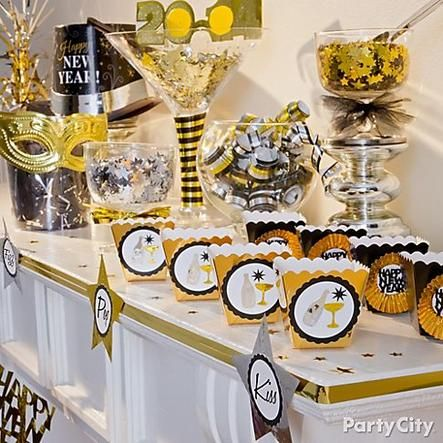 Set up a confetti station so everyone will be midnight-ready! When the ball drops, watch the confetti fly! Click the pic for more New Year's Eve party ideas.