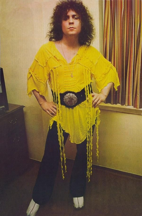 Marc Bolan- T-Rex. I love that outfit!!! I'd like to have it.