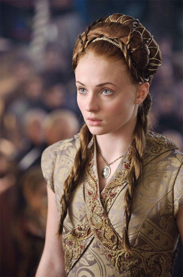 La coiffure ultra compliquée de Sansa Stark