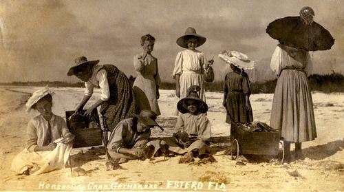 Koreshan girls gathering horseshoe crabs at Estero, Florida