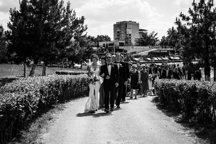 The wedding party on their way to the ceremony.  #wedding #hochzeit #weddingdress #brautkleid #weddingphotography #hochzeitsfotos #hochzeitsbilder #bride #braut #groom #bräutigam #weddingparty #beautiful #itsalrightma