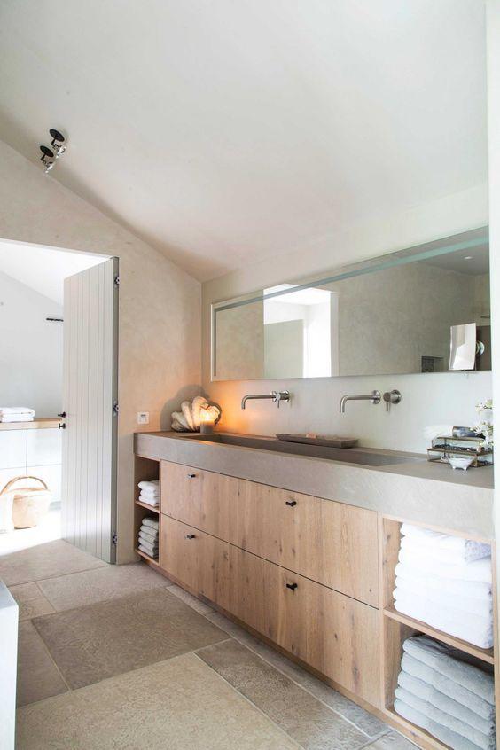 Mooi rustige landelijke badkamer
