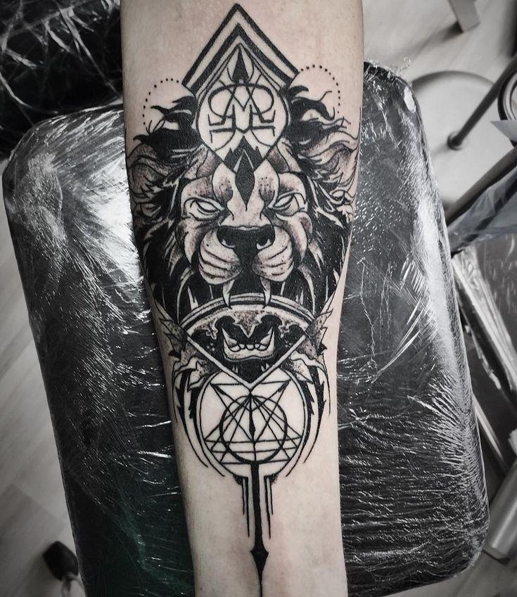 #тату #татуха #татуировка #татуолдскул #ta2 #tatto #tattoo #tattoos #tattooed #tattooink #tatto #tatts #arttattoo #татуспб #oldschooltattoo #traditionaltattoo #tattoorussia #spb #lovetattoostudio #ink #colortattoo #beardtattoo #oldschool #dotwork #dotworktattoo #lovetattoo #lovetattoospb #liontattoo by lovetattoostudio